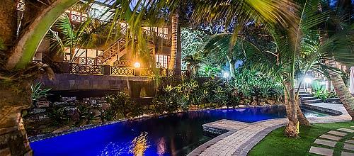 palm dune lodge header hotel